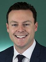 Official portrait of Chris Crewther